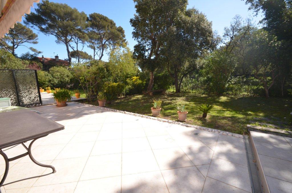 Vente grand appartement deux pi ces quartier du port de - Les jardins de villepey saint aygulf ...